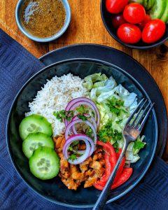 Gyros mit Reis und Salat