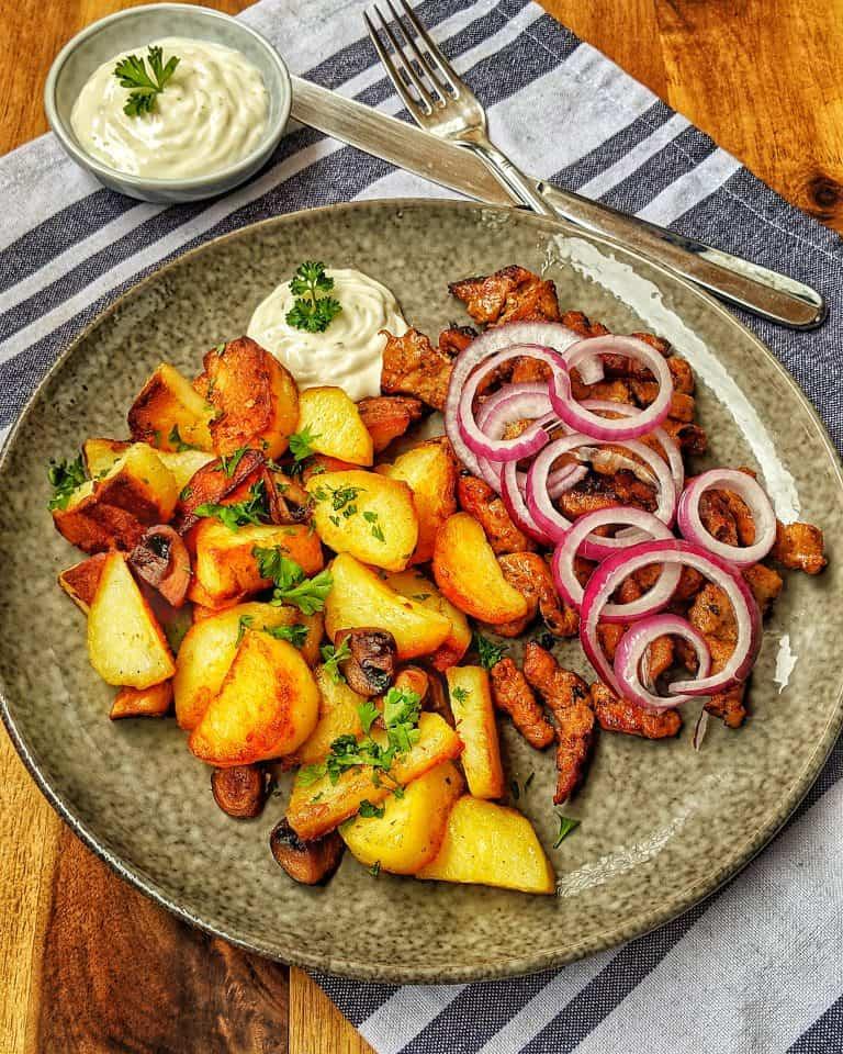 Bratkartoffeln mit Gyros