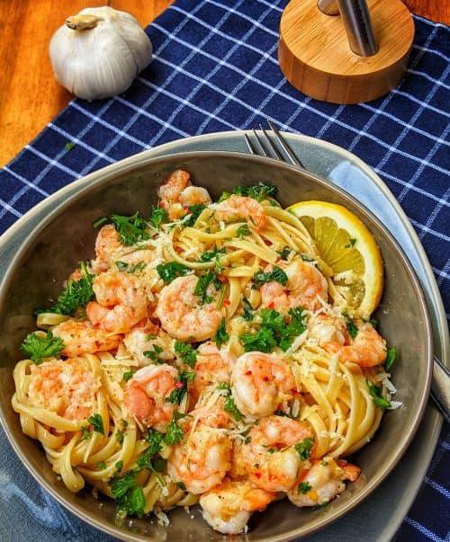 Knoblauch-Butter-Shrimp Pasta