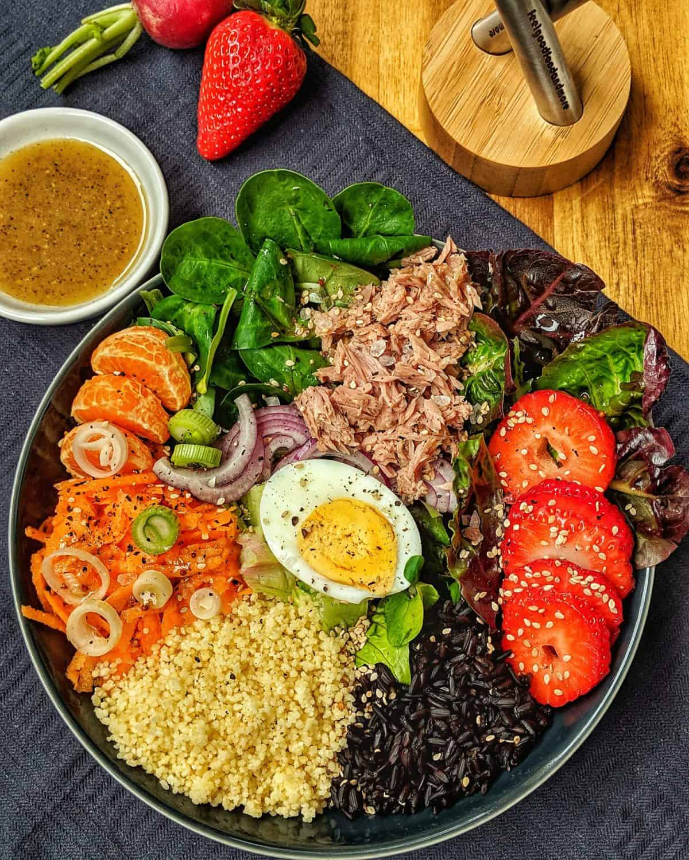 Salat-Reis-Bowl mit Couscous