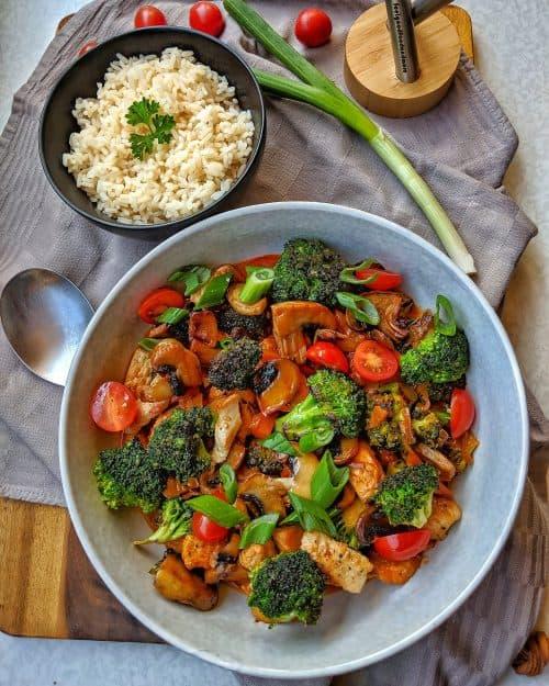 Putengeschnetzeltes mit Champignons und Brokkoli