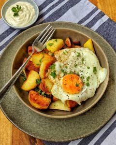 Bratkartoffeln mit Spiegelei