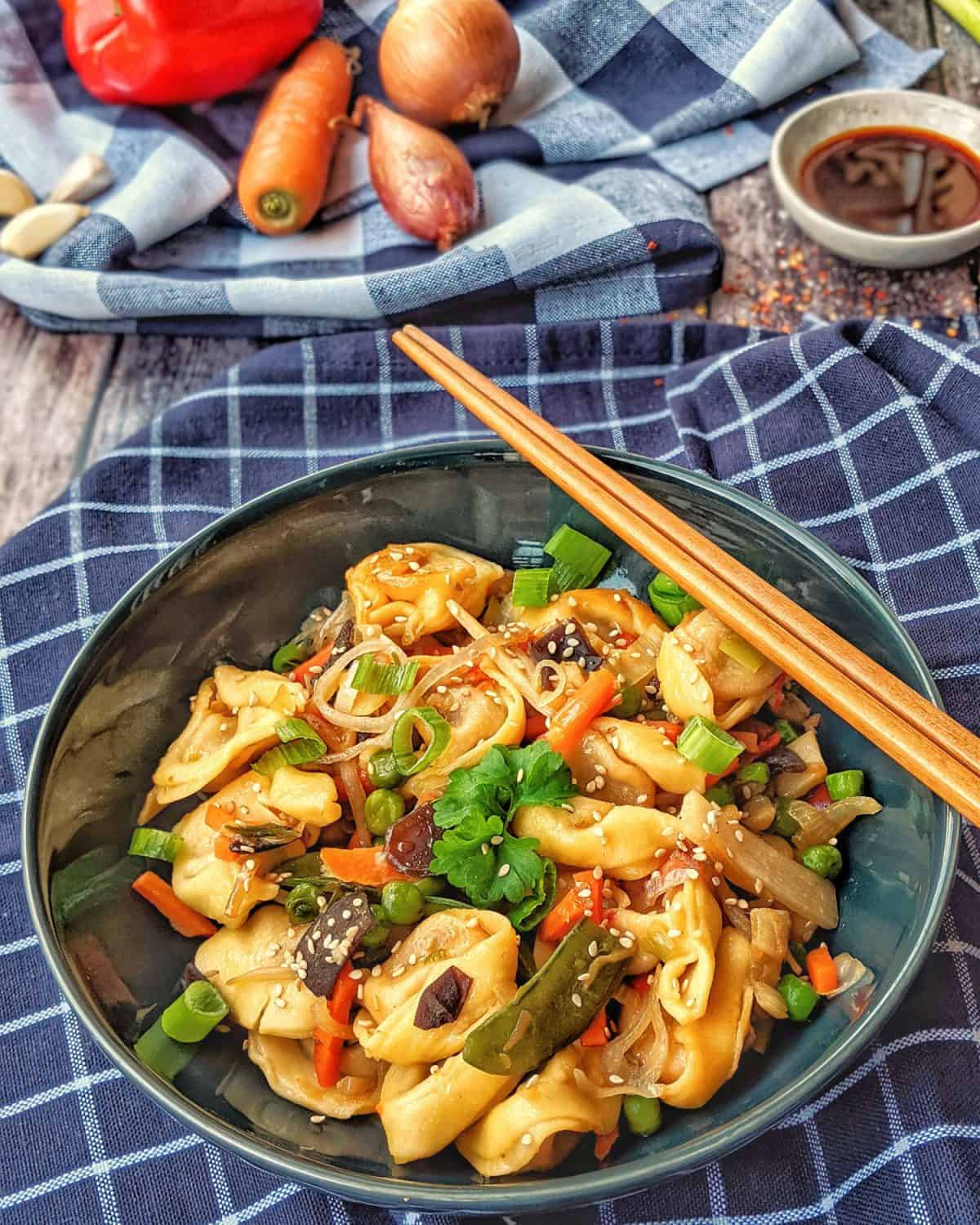 Read more about the article Tortellini mit Asia-Gemüse