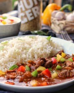 Rindsgulasch mit Reis