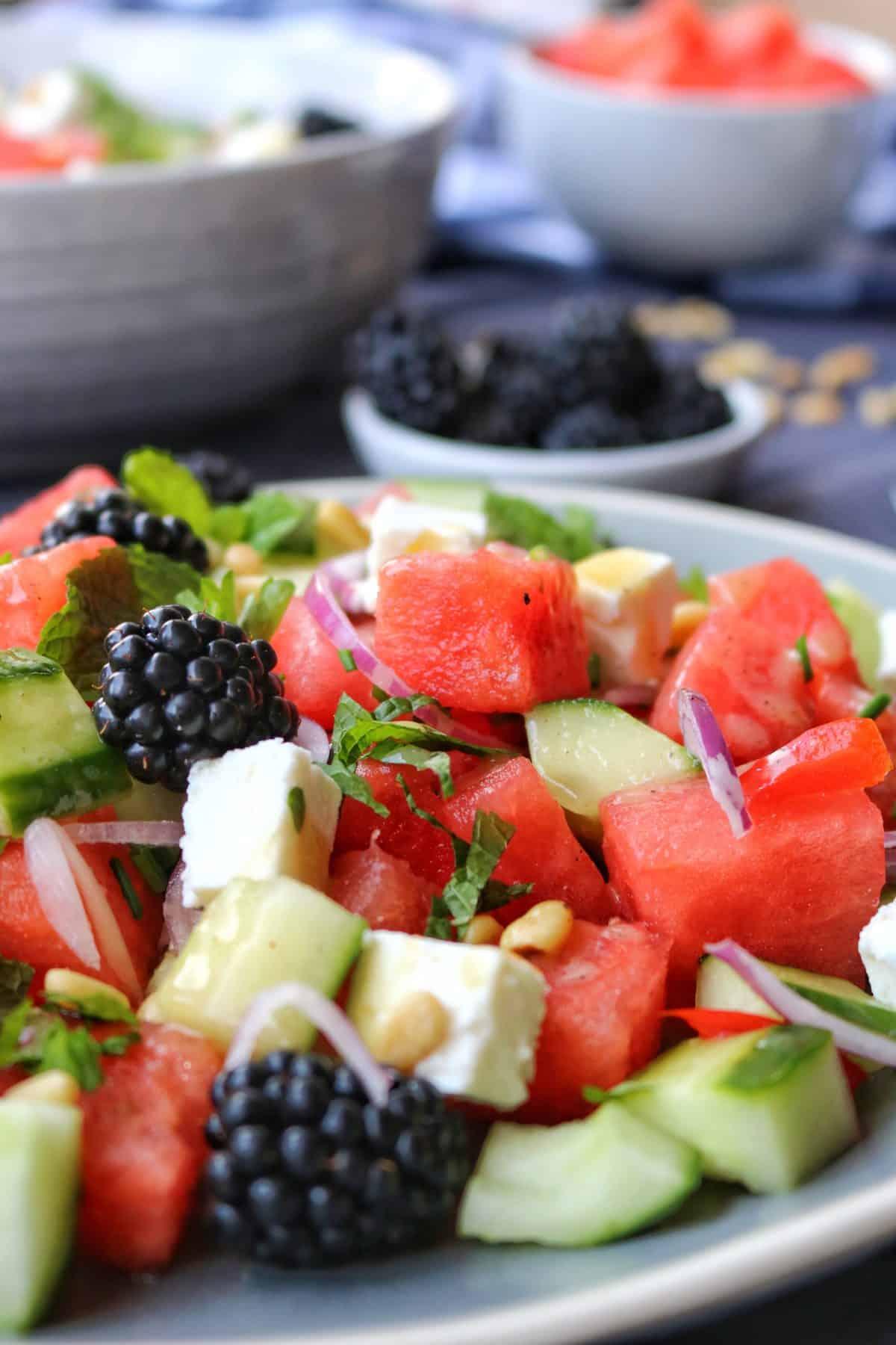 Melone-Feta Salat mit Brombeeren02