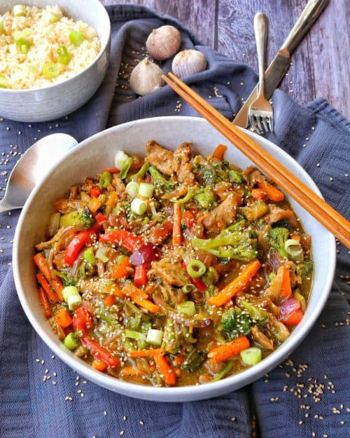 Asia Pfanne mit Gemüse und Reis