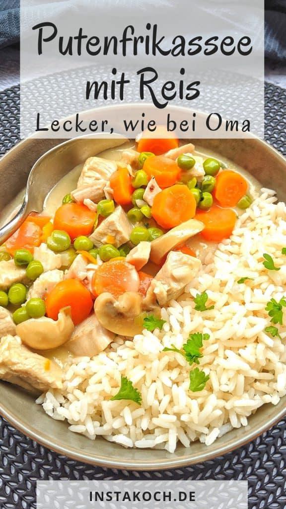Ein Teller mit Putenfrikassee und Reis