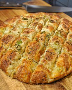 Knoblauch-Mozzarella Brot