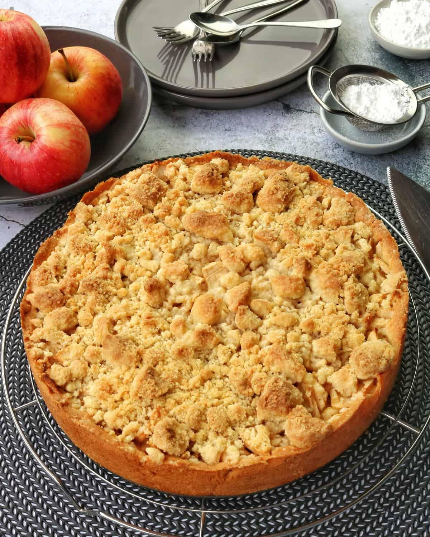 Read more about the article Apfelkuchen mit Streusel nach Omas Familien-Rezept